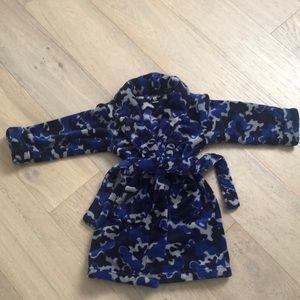 Boys super soft camo print bathrobe